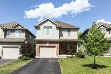 610 Woodlawn Pl, Waterloo Ontario, Canada