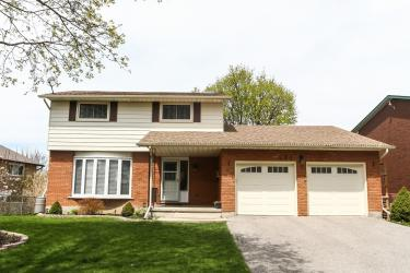 284 Parkmount Dr, Waterloo, Ontario (ID 30519981)
